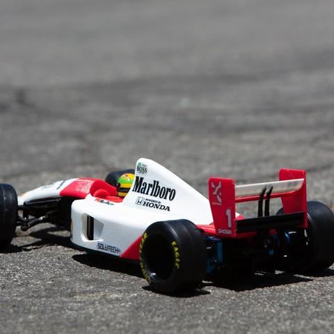 _S2A0978.jpg Download free STL file Aryton Senna's Mclaren MP4/6 3d Printed RC F1 Car • 3D printing design, brett