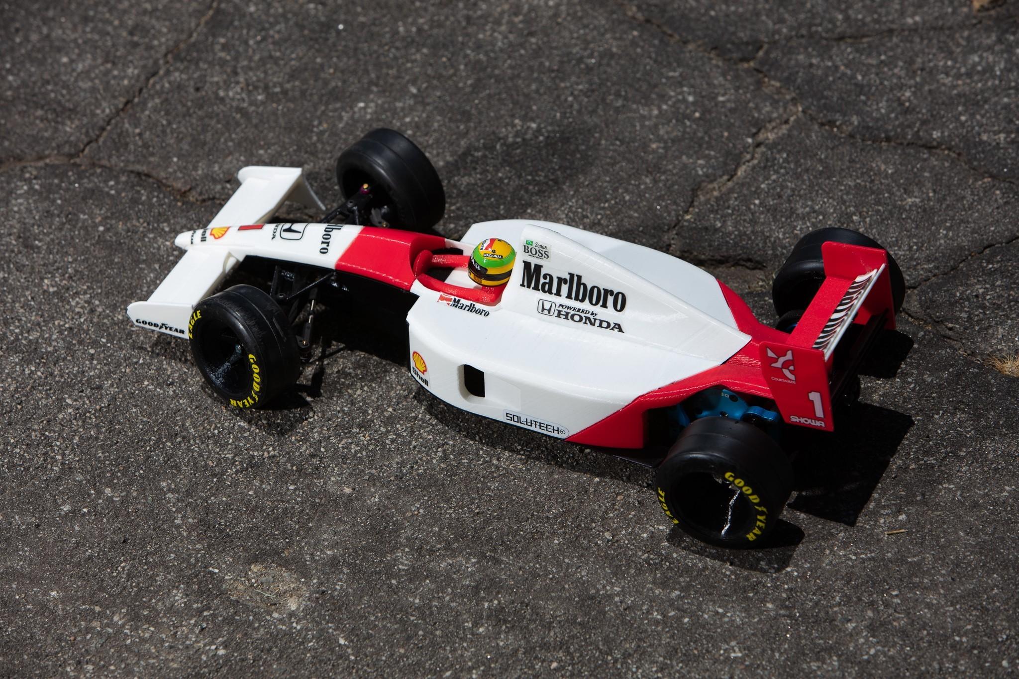 _S2A1050.jpg Download free STL file Aryton Senna's Mclaren MP4/6 3d Printed RC F1 Car • 3D printing design, brett