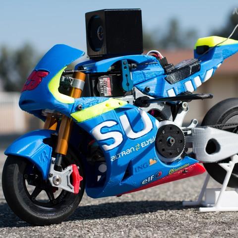 _MG_1536.jpg Download free STL file 2016 Suzuki GSX-RR 1:8 Racing RC MotoGP Version 2 • 3D print design, brett