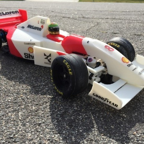 Download free STL file RS-01 Ayrton Senna's 1993 McLaren MP4/8 Formula 1 RC Car • 3D printing object, brett
