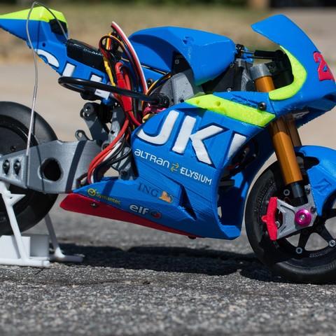 _MG_1489.jpg Download free STL file 2016 Suzuki GSX-RR 1:8 Racing RC MotoGP Version 2 • 3D print design, brett