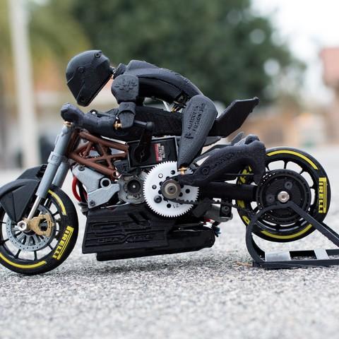 _MG_4472.jpg Télécharger fichier STL gratuit 2016 Ducati Draxter Concept Drag Bike RC • Design à imprimer en 3D, brett