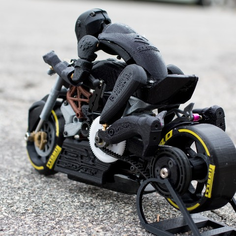 Download free STL file 2016 Ducati Draxter Concept Drag Bike RC