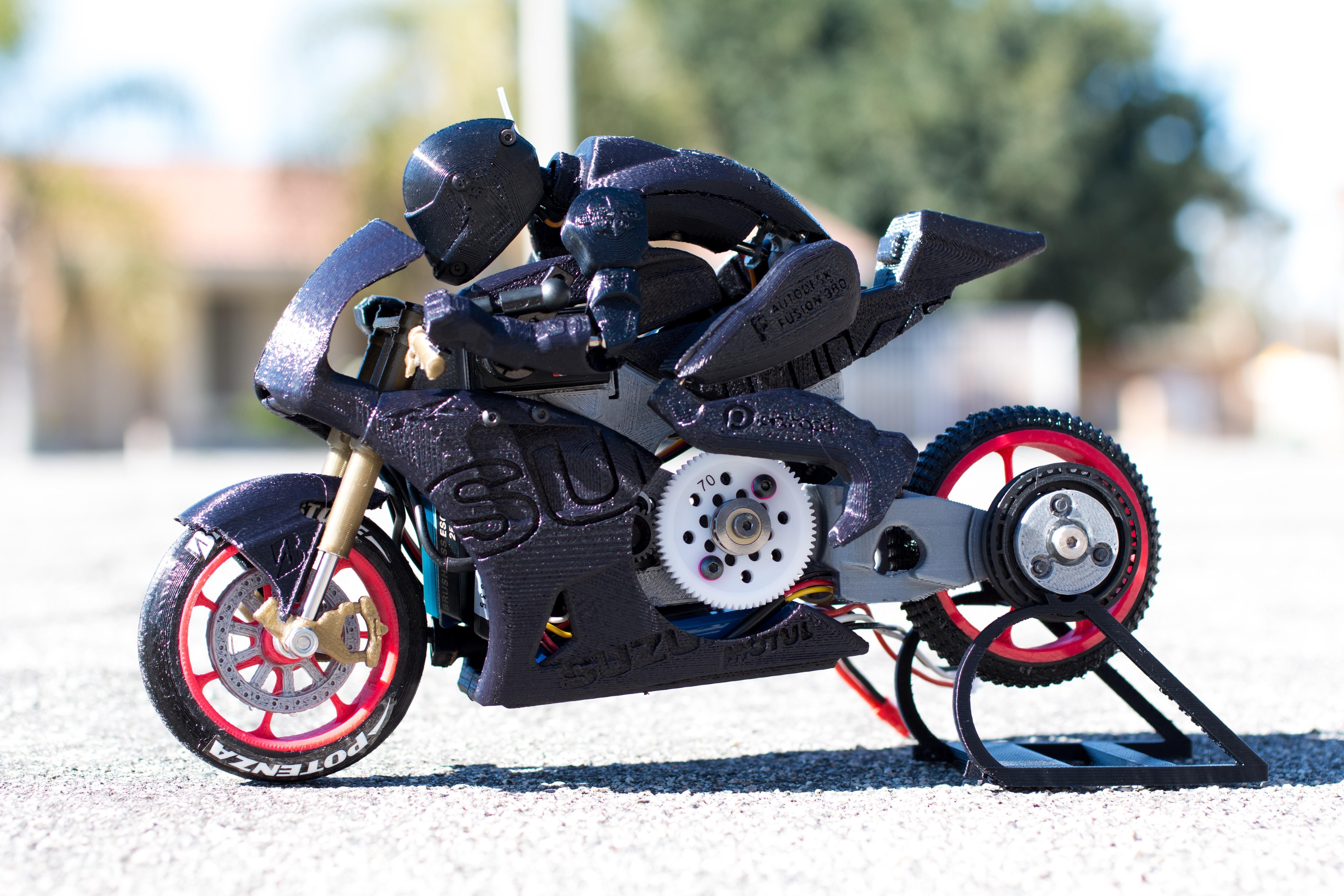_MG_7198.jpg Télécharger fichier STL gratuit 2016 Suzuki GSX-RR MotoGP RC Moto • Modèle pour imprimante 3D, brett