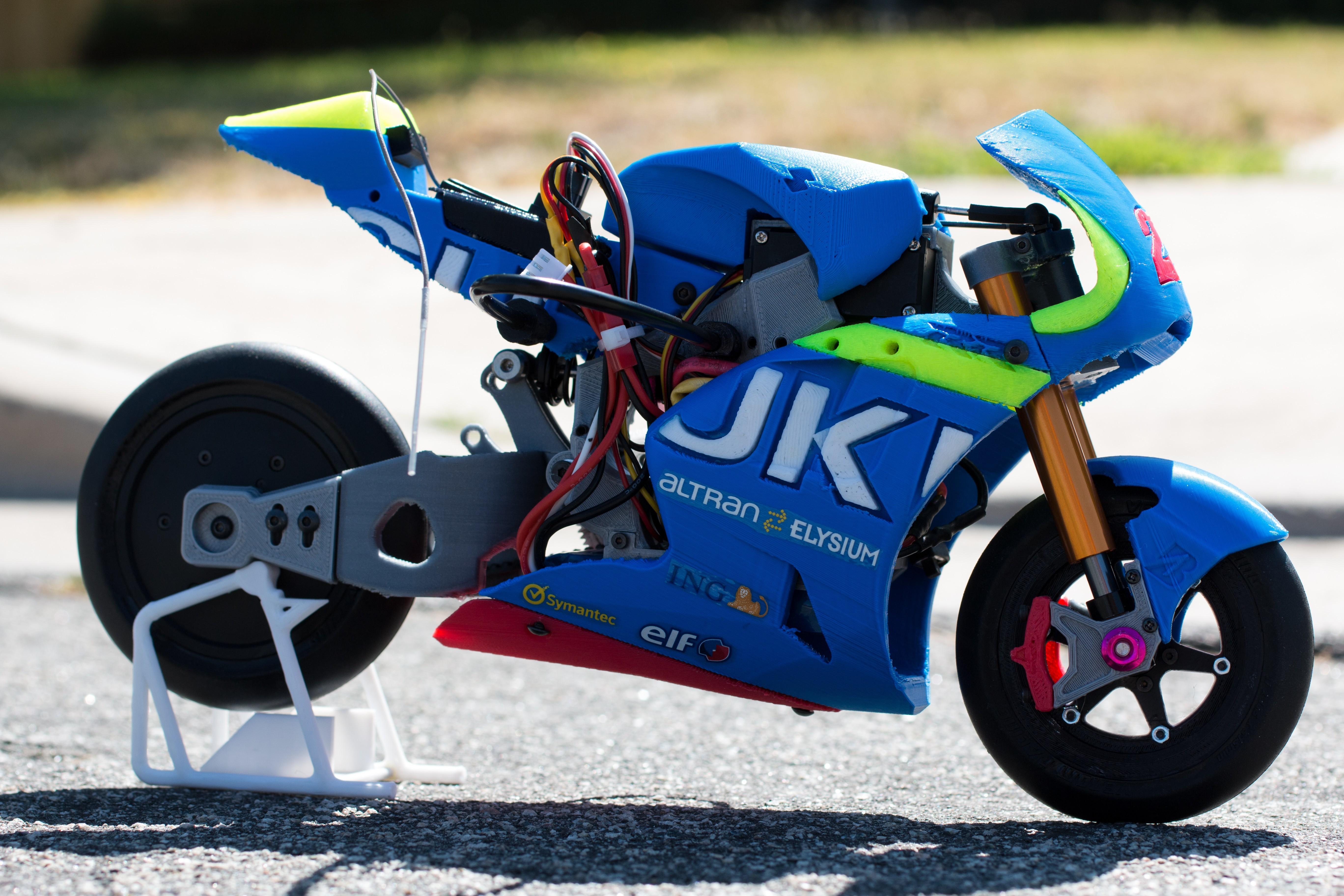 _MG_1522.jpg Download free STL file 2016 Suzuki GSX-RR 1:8 Racing RC MotoGP Version 2 • 3D print design, brett