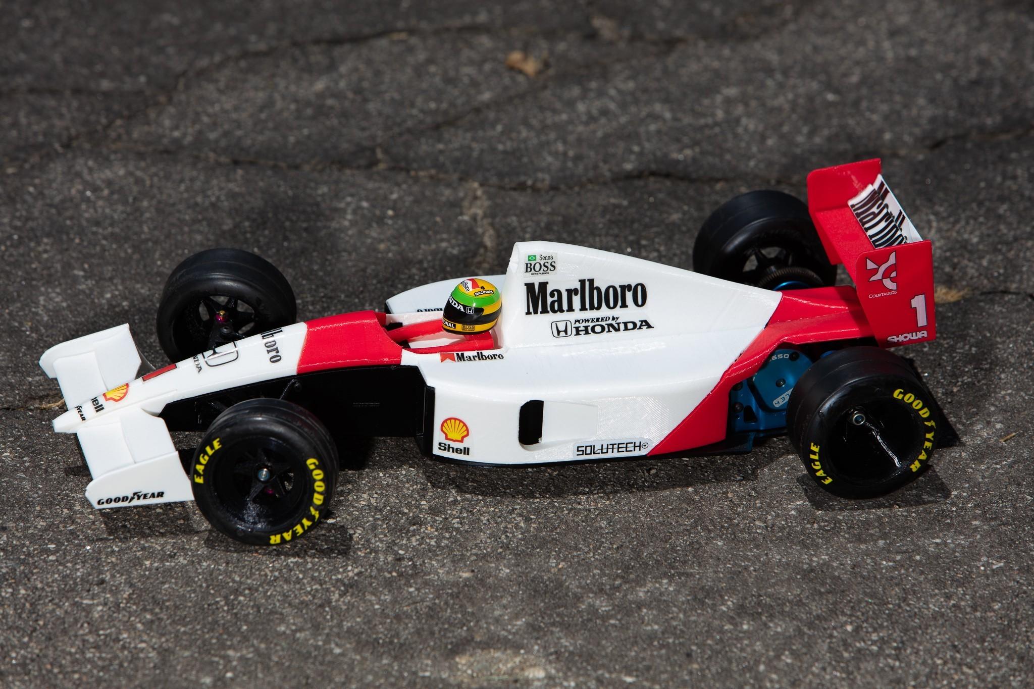 _S2A1043.jpg Download free STL file Aryton Senna's Mclaren MP4/6 3d Printed RC F1 Car • 3D printing design, brett