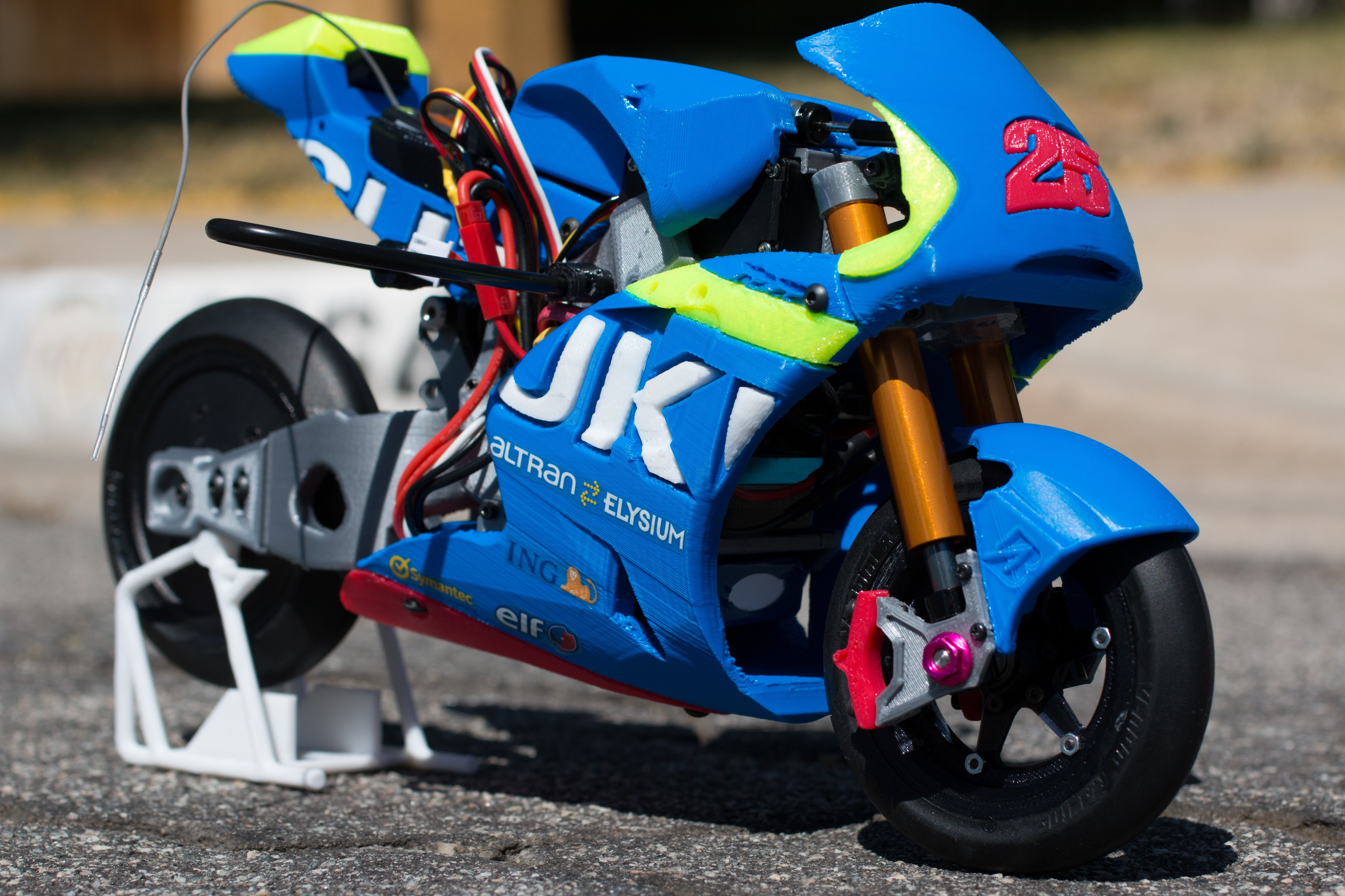 _MG_1492.jpg Download free STL file 2016 Suzuki GSX-RR 1:8 Racing RC MotoGP Version 2 • 3D print design, brett