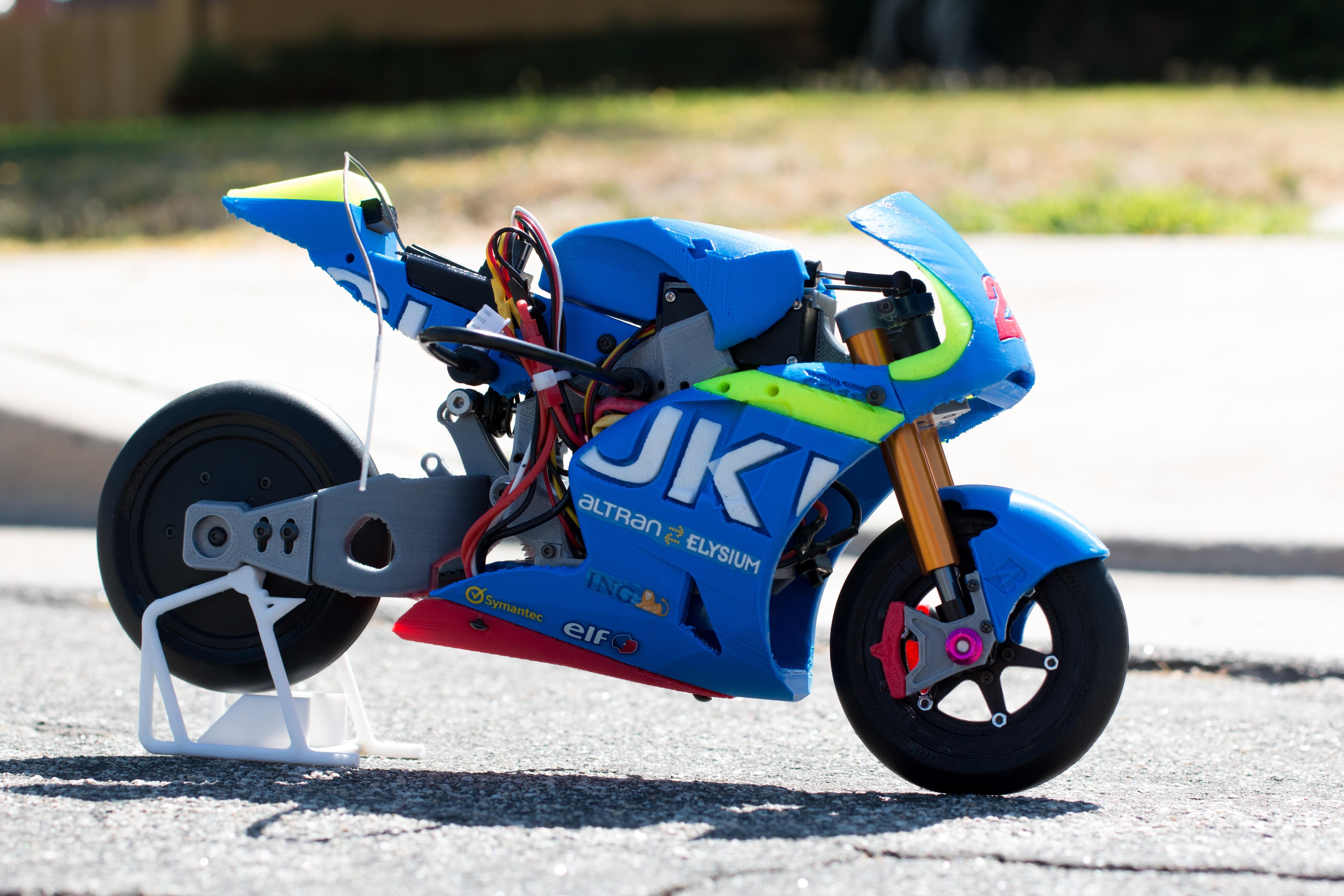 _MG_1523.jpg Download free STL file 2016 Suzuki GSX-RR 1:8 Racing RC MotoGP Version 2 • 3D print design, brett