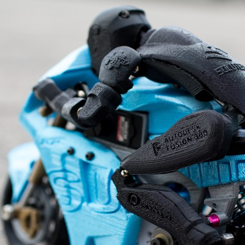 _MG_4345.jpg Télécharger fichier STL gratuit 2016 Suzuki GSX-RR MotoGP RC Moto • Modèle pour imprimante 3D, brett
