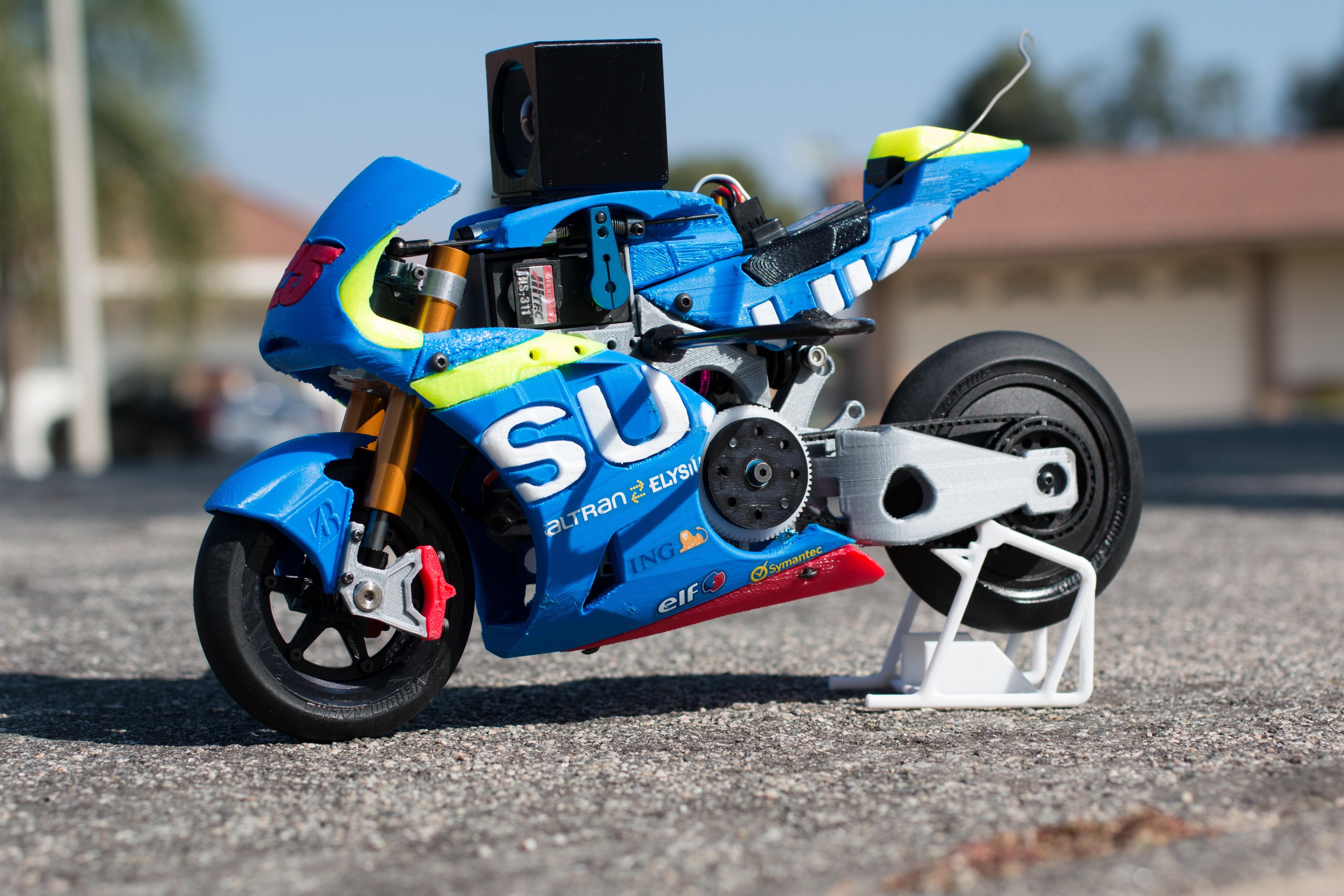 _MG_1539.jpg Download free STL file 2016 Suzuki GSX-RR 1:8 Racing RC MotoGP Version 2 • 3D print design, brett