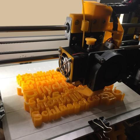 IMG_3202.jpg Download free STL file Home keychain • Design to 3D print, jucker