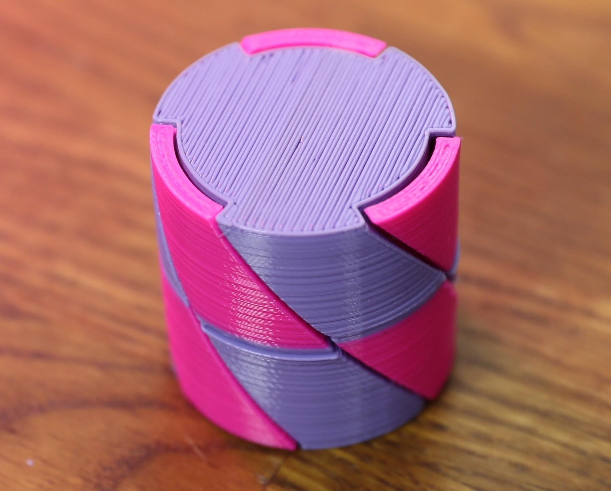 AJKL7086.jpg Télécharger fichier SCAD gratuit Twist box • Design pour impression 3D, RevK