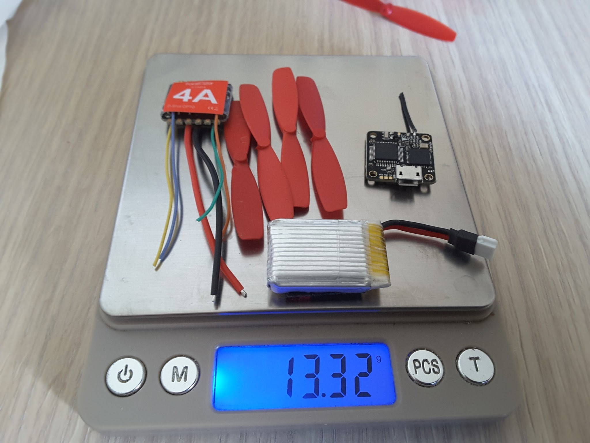 6599428621988489696_account_id=1.jpg Télécharger fichier STL gratuit Micro Quad fpv Racer 100mm Brushless 1S 0703 20.000kv • Modèle à imprimer en 3D, Microdure