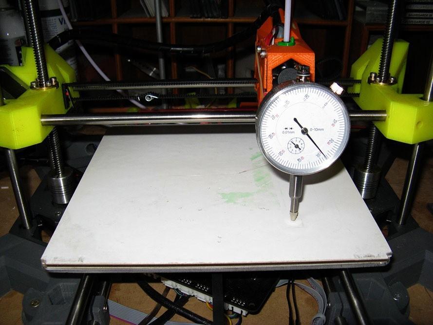 Micrometre 01.jpg Download free STL file DE200 brackets micrometer parallelism head tray • 3D printable template, delmich