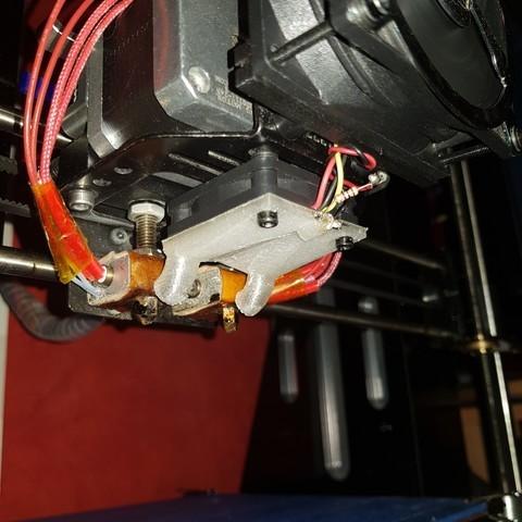 20180624_212215_large.jpg Download STL file fan fan for fan pursa i3 pro c duel extruder light • 3D printer design, YOHAN_3D