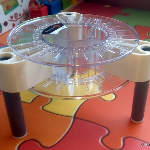 Free STL Stool made with an empty spool, Imprenta3D