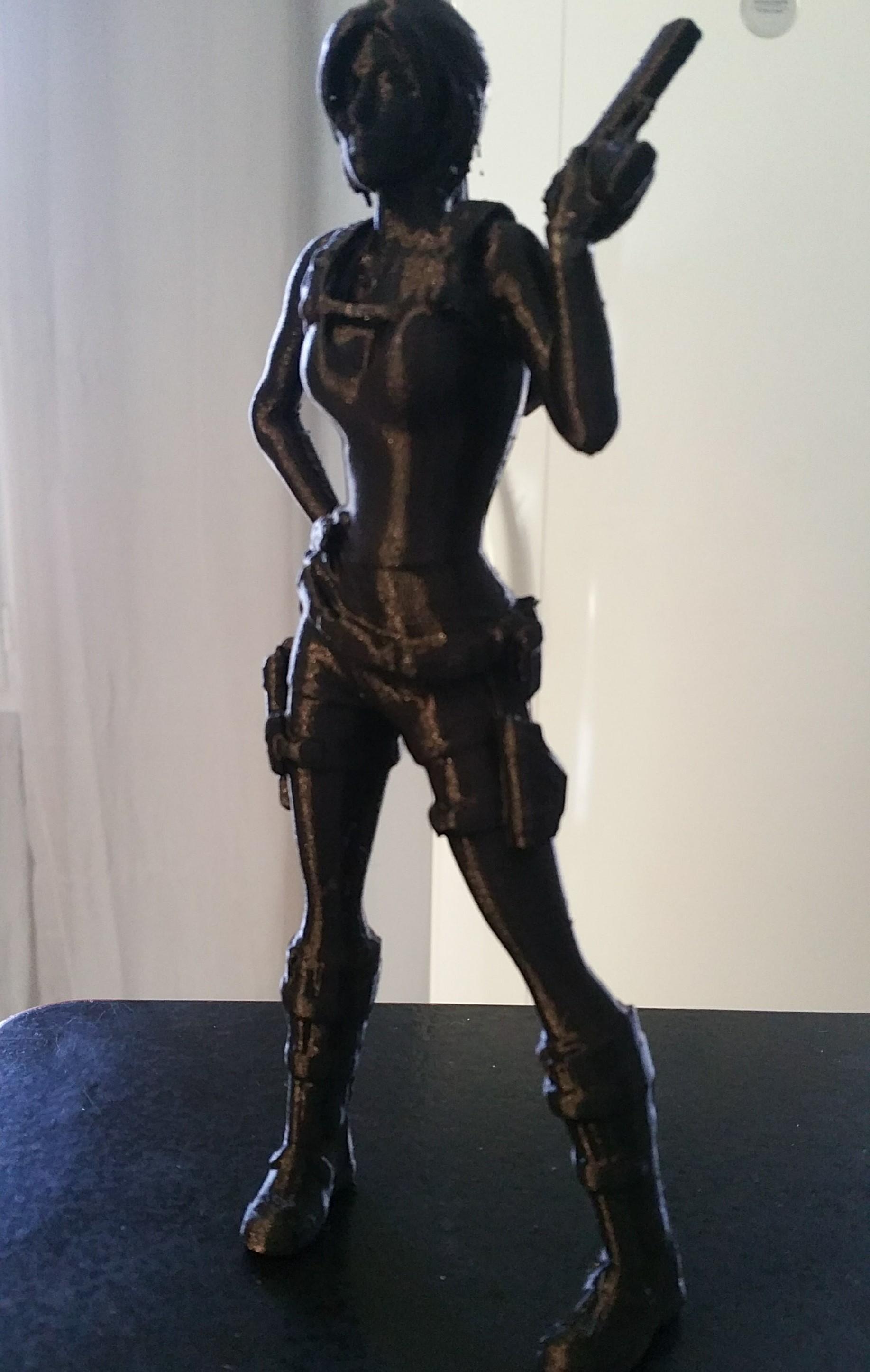 20171006_125306.jpg Télécharger fichier STL gratuit Lara Croft avec un seul flingue • Modèle à imprimer en 3D, Adonfff