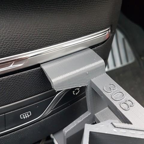 20180113_091943.jpg Download STL file Peugeot 308 smartphone support • 3D printer design, C1-concept