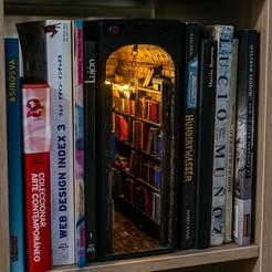 Descargar modelos 3D para imprimir Una pequeña librería para decorar tu librería, muad_did