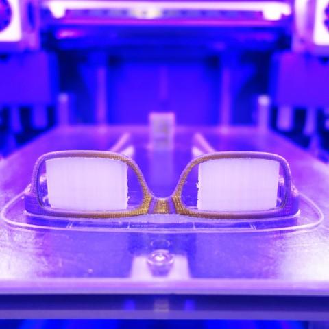 imprimer en 3d lunettes personnalisables impression 3d vto cults. Black Bedroom Furniture Sets. Home Design Ideas