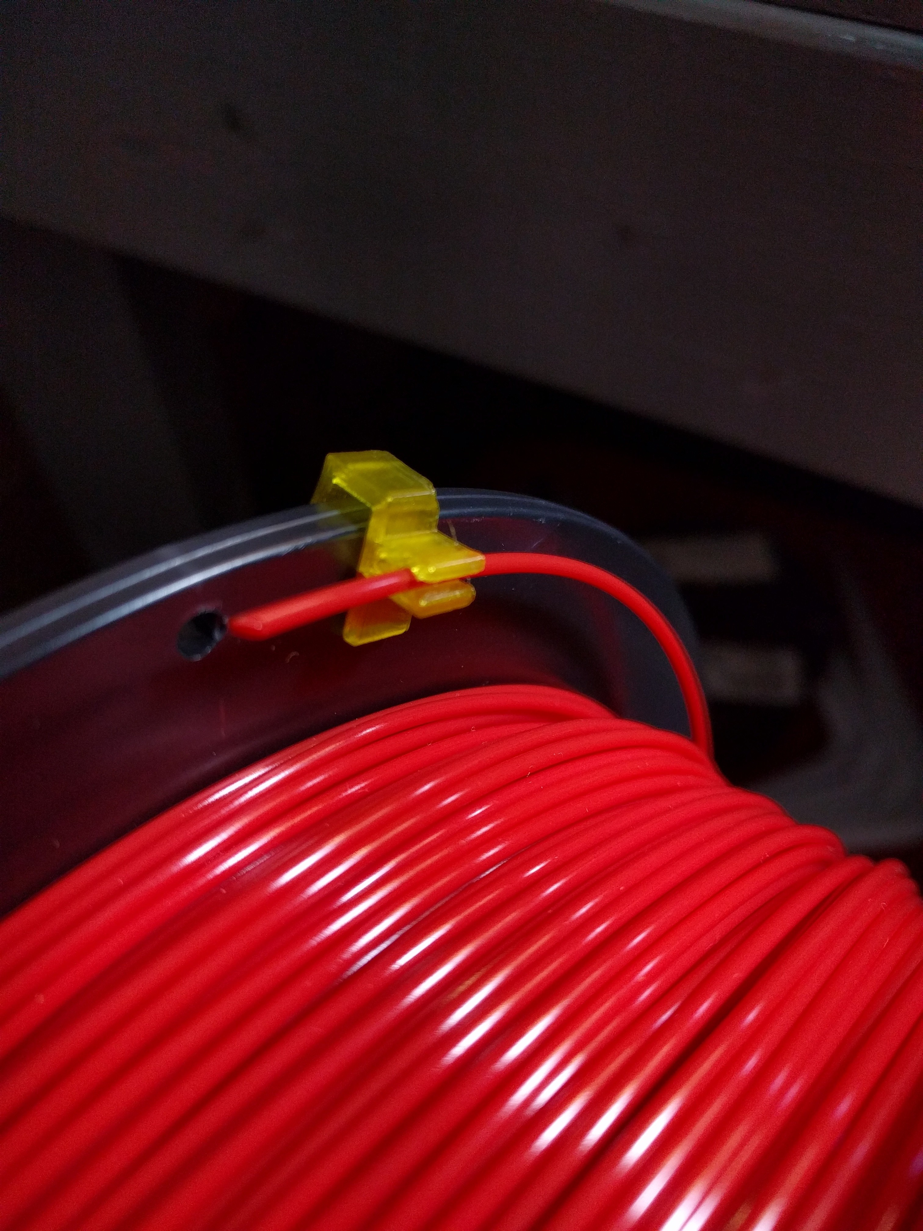 IMG_20170630_001532[1].jpg Télécharger fichier STL gratuit Filament Clip, Filament Holder, Filament Keeper • Plan imprimable en 3D, jwilson484