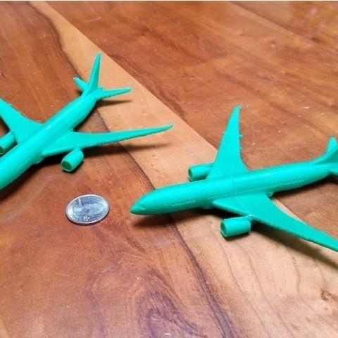 Free 3D printer designs Chunky Boeing 787, 1:400 scale, Zippityboomba