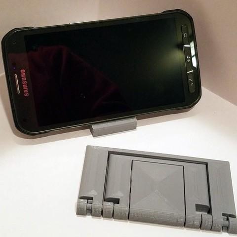 bc99f51355e9809c99fcf2c3c0c2f32f_display_large.jpg Télécharger fichier STL gratuit Support de téléphone paramétrique pliable • Plan pour impression 3D, Zippityboomba