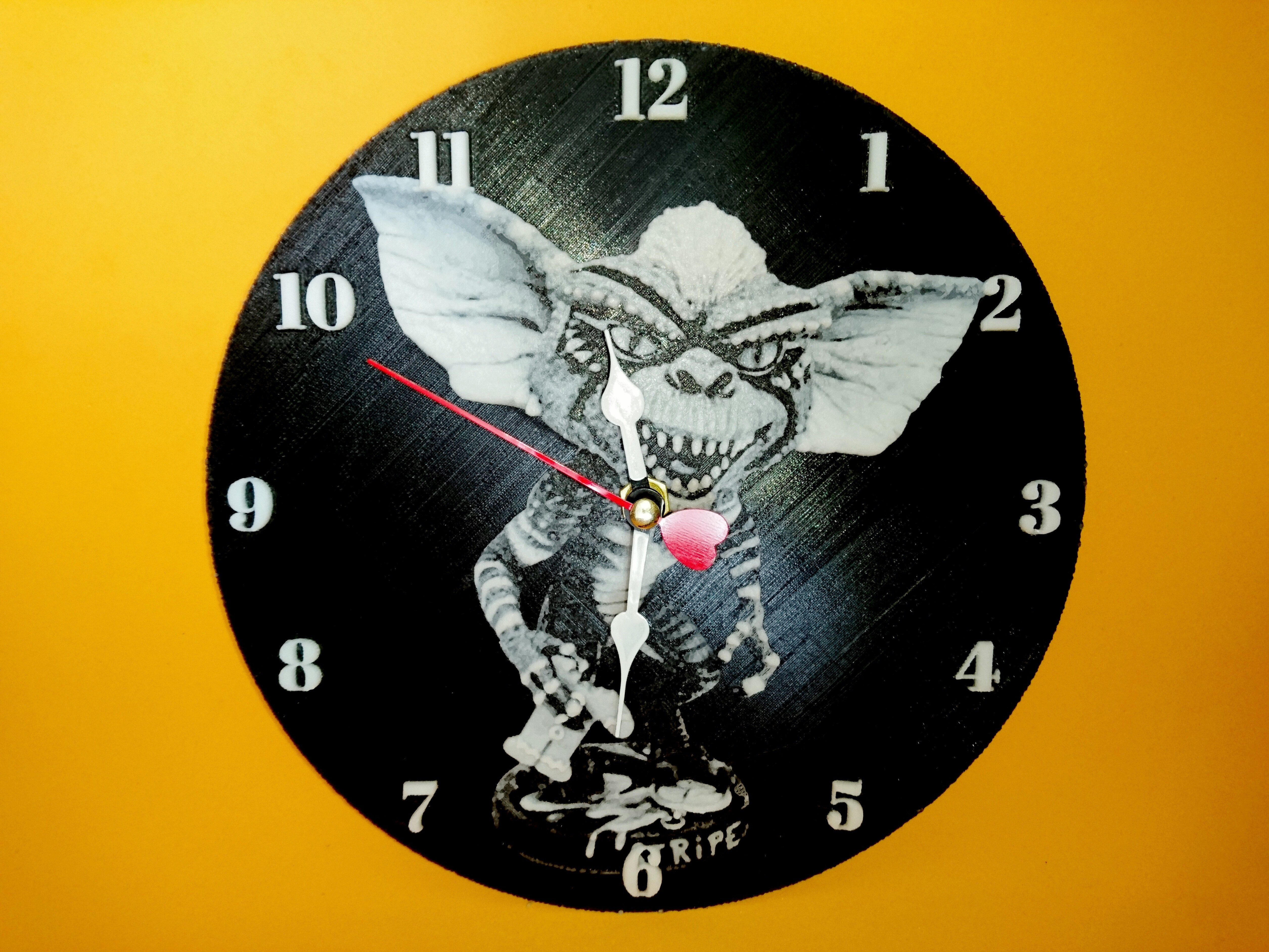 photostudio_1493460623482.jpg Télécharger fichier STL gratuit Gremlins Stripe Clock 3D • Plan à imprimer en 3D, 3dlito