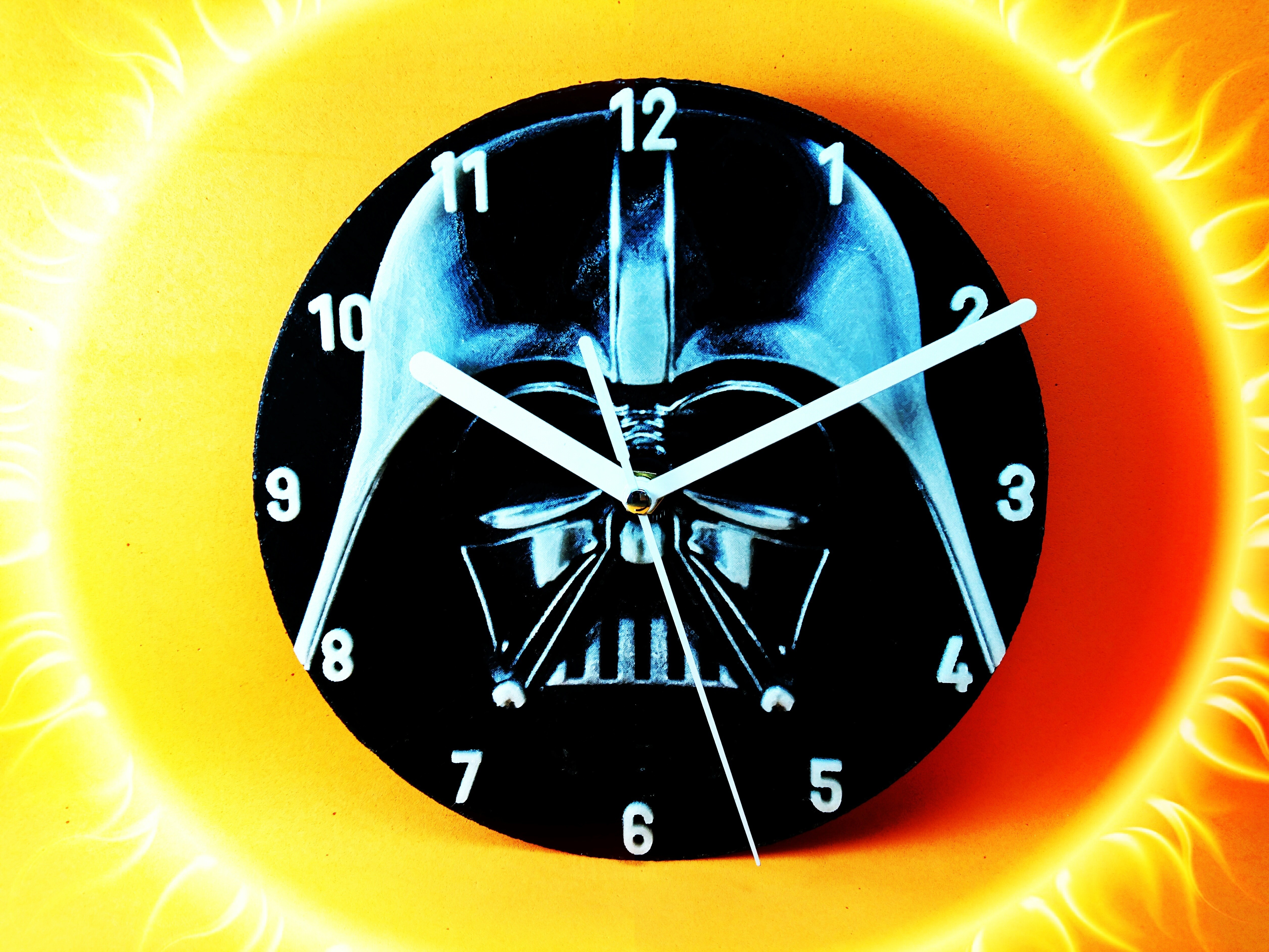 photostudio_1493460387961.jpg Download free STL file Darth Vader Clock • 3D printable template, 3dlito