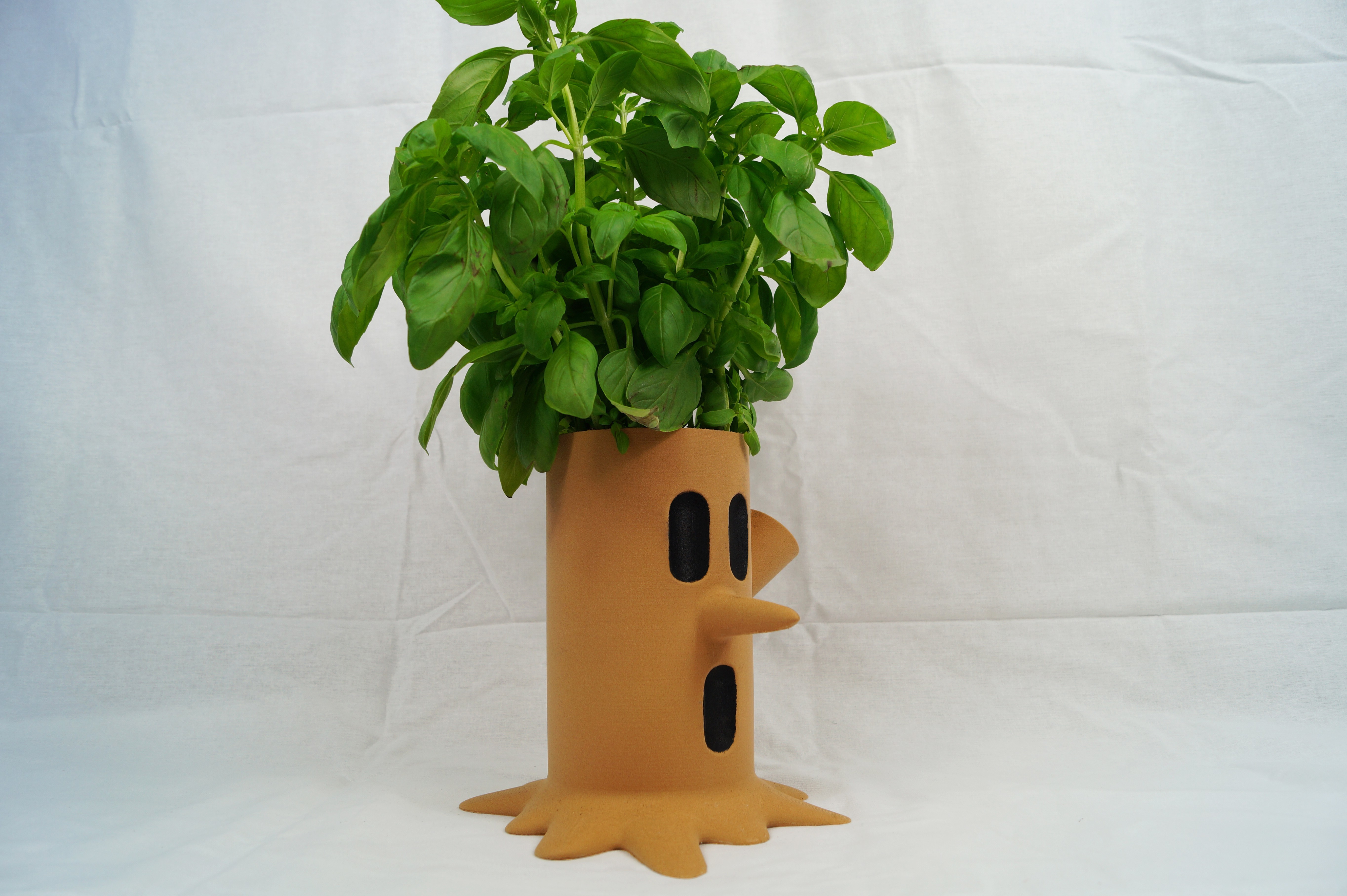 DSC09807 copy.jpg Download free STL file Kirby Whispy Woods Plant Pot • 3D printing design, HD3DP