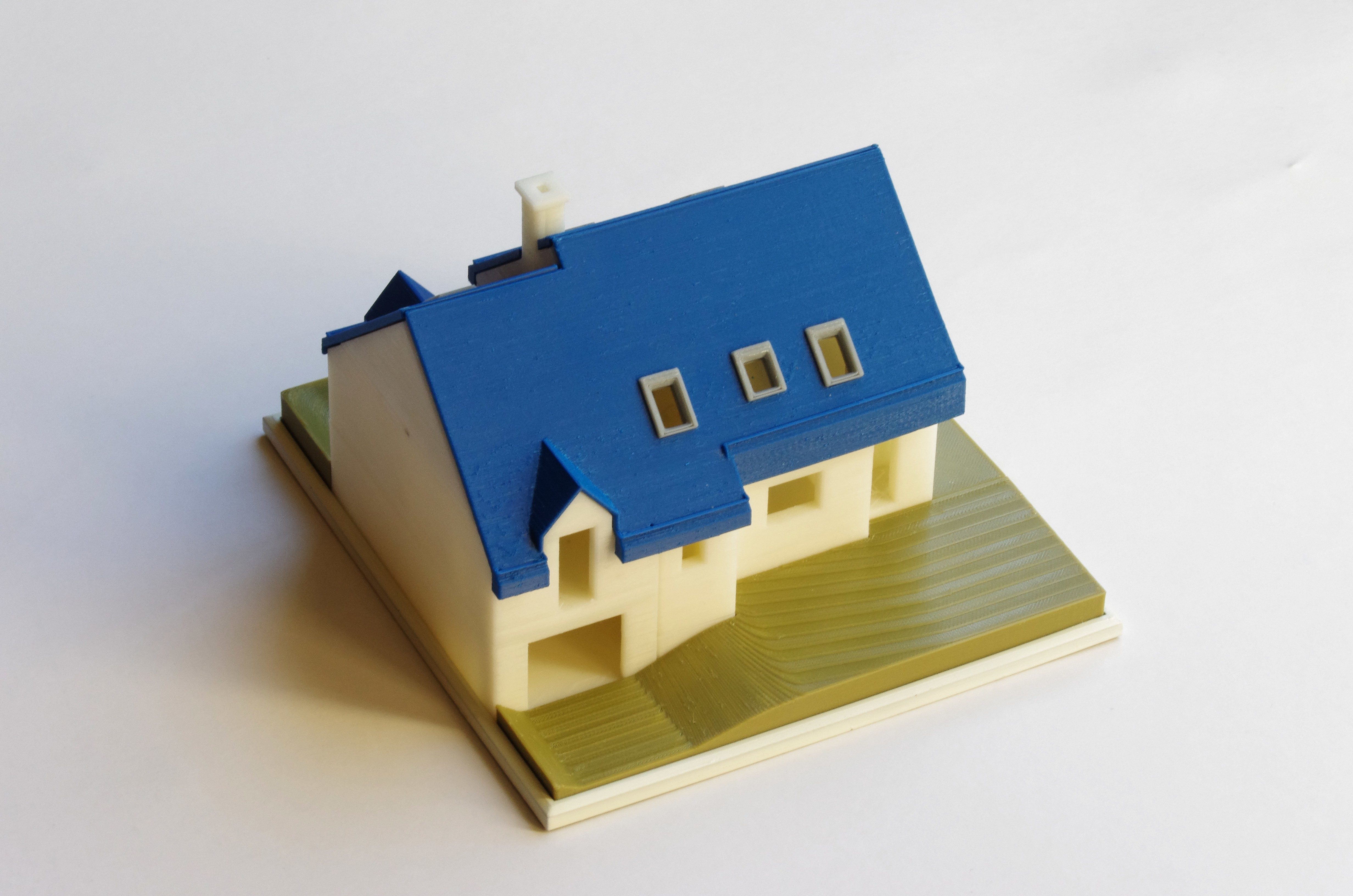 IMGP4609_DxO_red.jpg Download free STL file Semi-detached house • 3D printer model, mcbat
