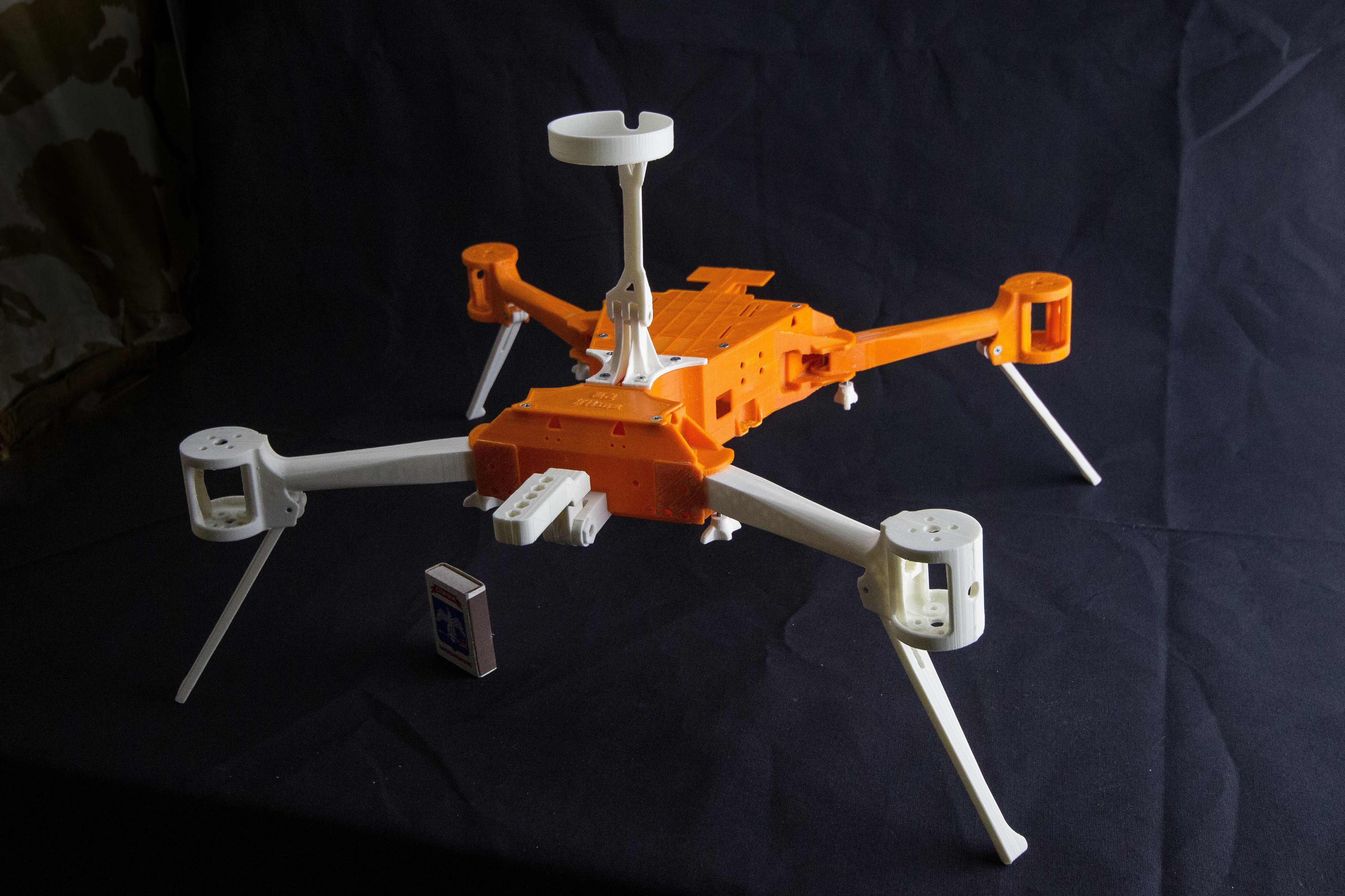IMG_8937.jpg Download STL file Folding Quadcopter 450 Frame • 3D print object, AleksandrDolzhenko
