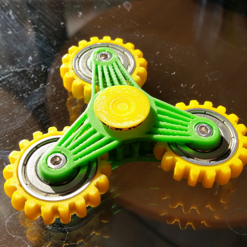 Capture d'écran 2017-04-18 à 14.24.16.png Download free STL file Slim gear spinner • 3D printer template, bda