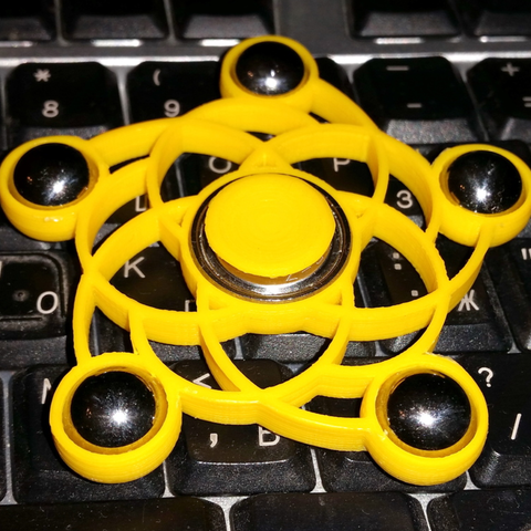 Free 3D printer model Spiral five balls spinner, bda