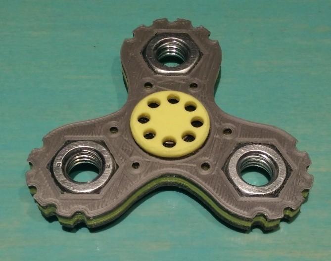 "hand spinner - melanie.jpg Download STL file Hand Spinner Model ""Mélanie"" • 3D printing object, Rias3d"