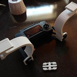 Download free 3D printer files DJI Mavic Ipad bracket with Combo strap snaps, MatsErik