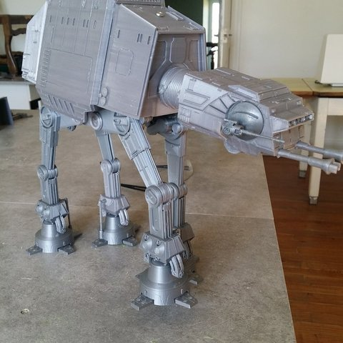 Download free STL Motorized STARWARS AT - AT, Rio31