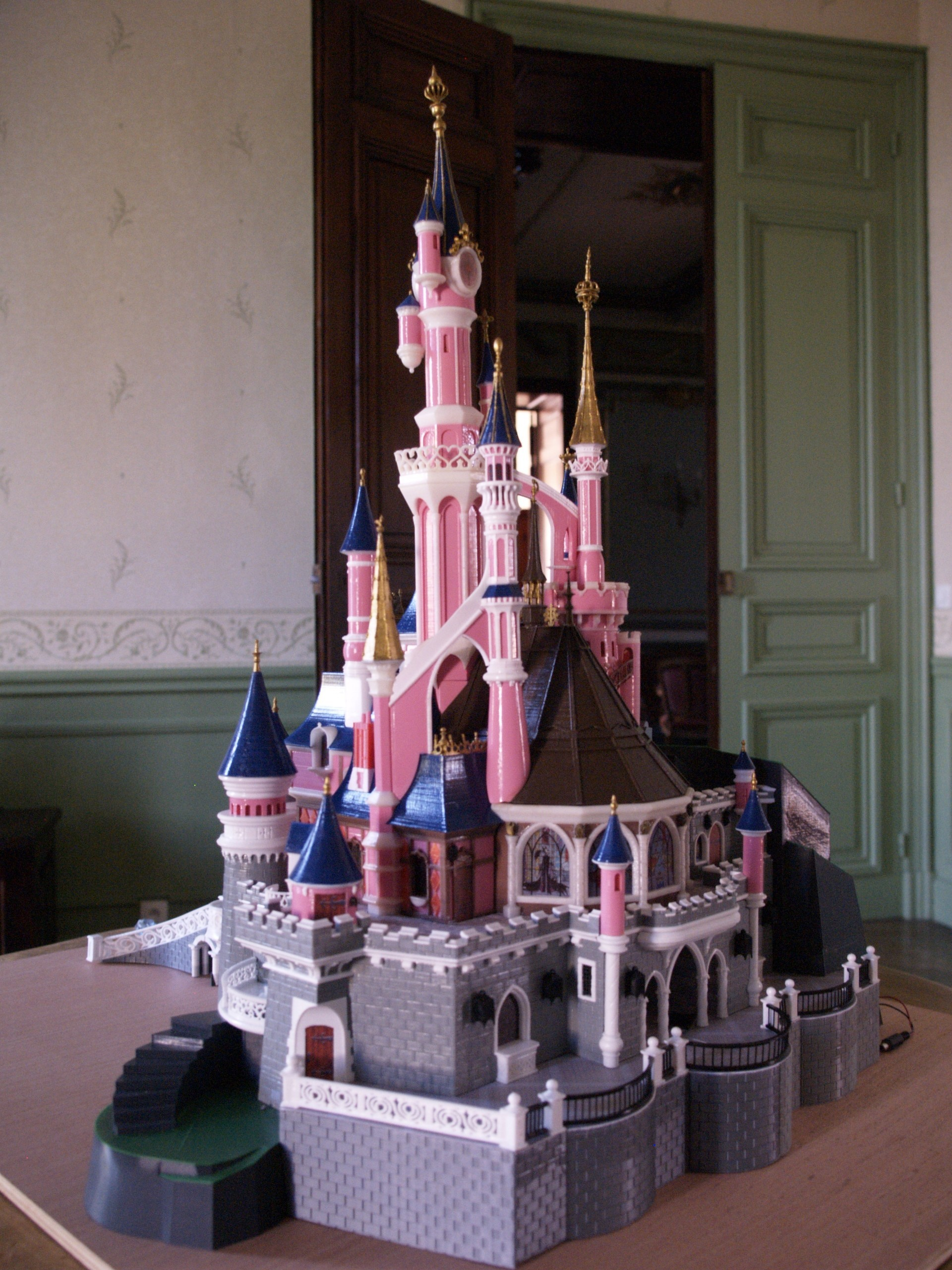 _3058317.JPG Download free STL file Chateau Disneyland Paris with Prusa MK2S MMU (Ed2) • 3D print model, Rio31