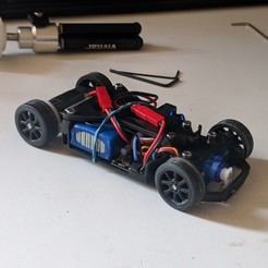 Download free 3D printer files OpenZ v3b Chassis (1:28 RC), guaro3d