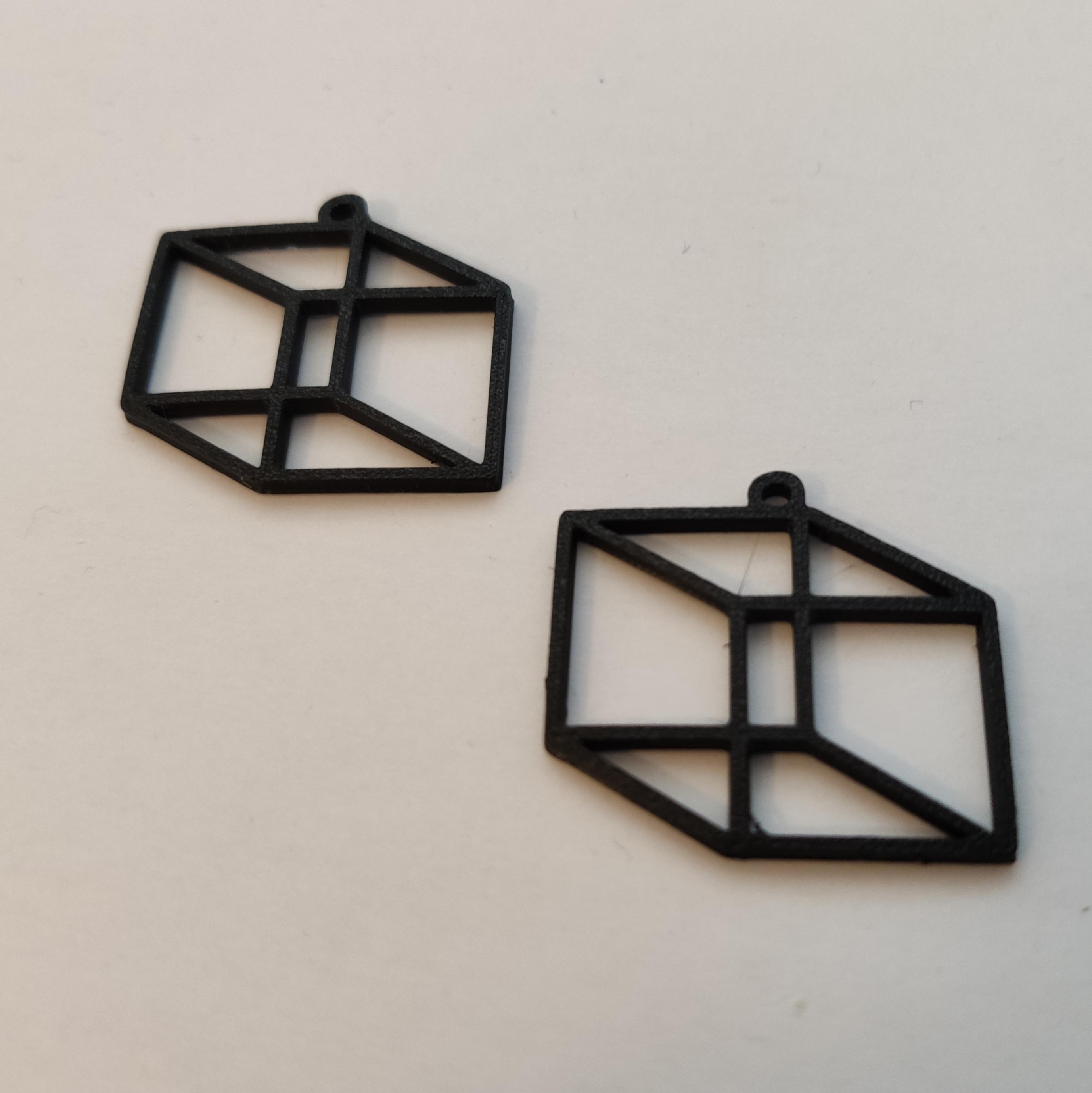 IMG_20210117_121814.jpg Télécharger fichier STL gratuit Cube Earring • Design à imprimer en 3D, koukwst