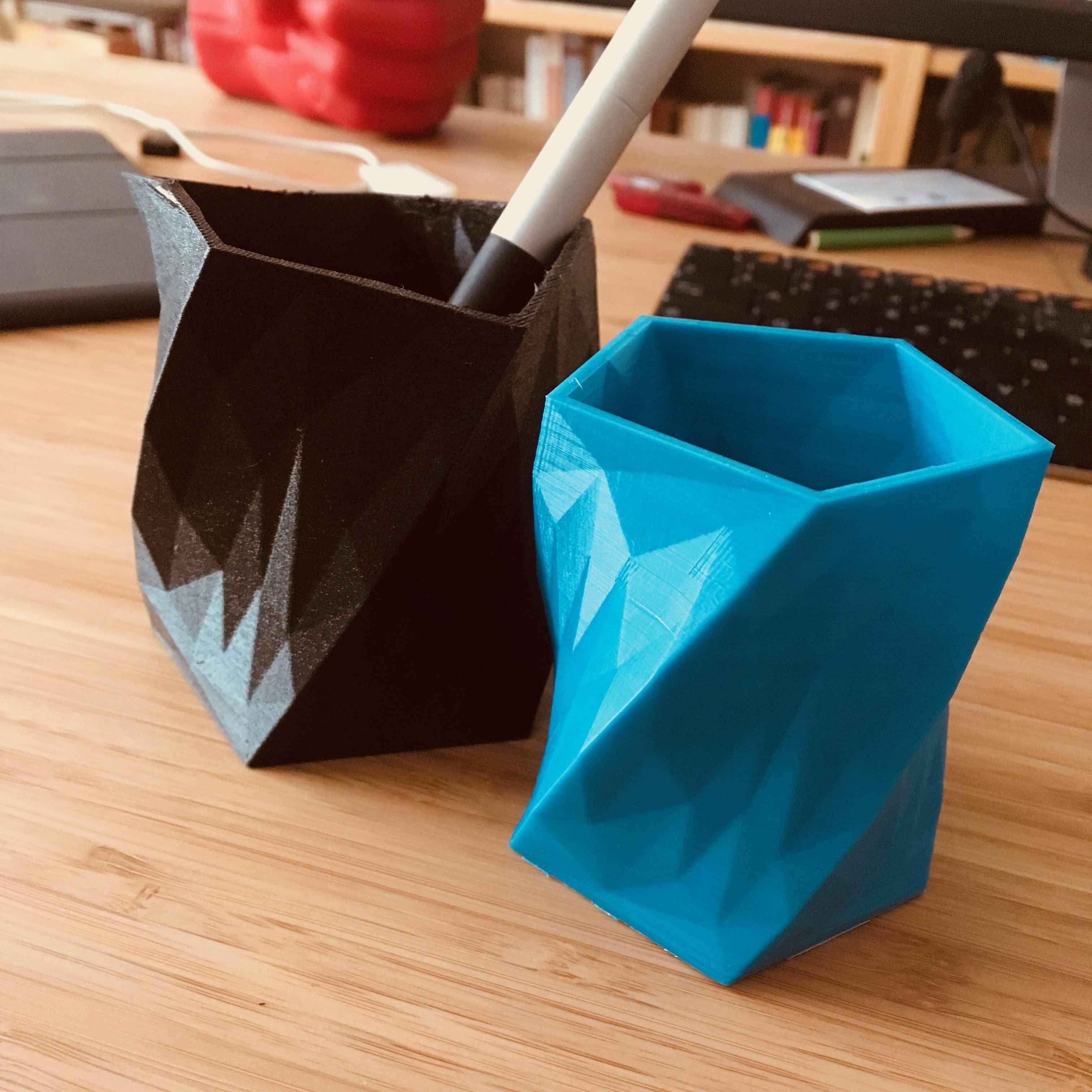 IMG_2972.jpg Download free STL file Pencil jar or vase? • 3D print object, KernelDesign