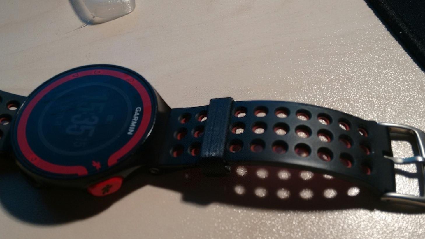 Capture d'écran 2017-05-05 à 16.50.51.png Download free STL file Buckle for Garmin 220 watch bracelet • 3D printable design, Julien_DaCosta