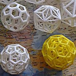 Imprimir en 3D gratis truncado icosaédrica anidada - truncatedicosahedra en uno sobre, brico18
