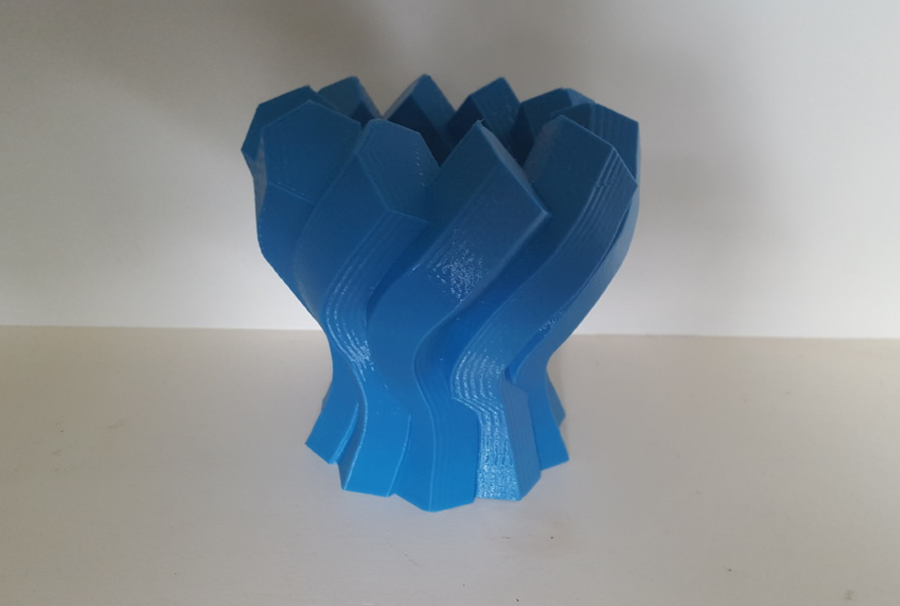 Capture d'écran 2017-06-13 à 09.58.39.png Download free STL file Twisted Hexagon Colum pot/vase 2 • 3D printer model, Job