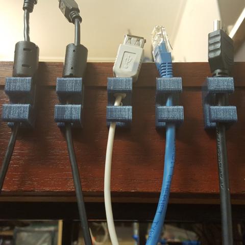 Free stl file Cable Holder, Job