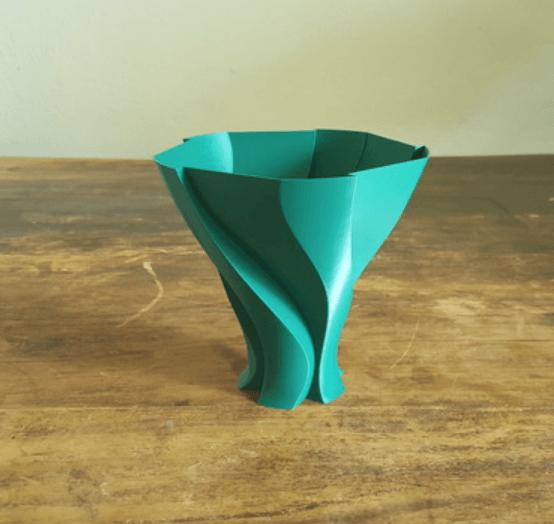 Capture d'écran 2018-05-15 à 09.45.14.png Download free STL file Unfolding Leave Vase • 3D print template, Job