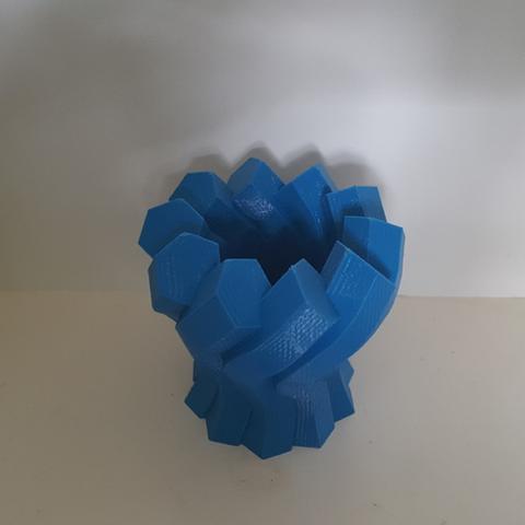 Capture d'écran 2017-06-13 à 09.58.49.png Download free STL file Twisted Hexagon Colum pot/vase 2 • 3D printer model, Job