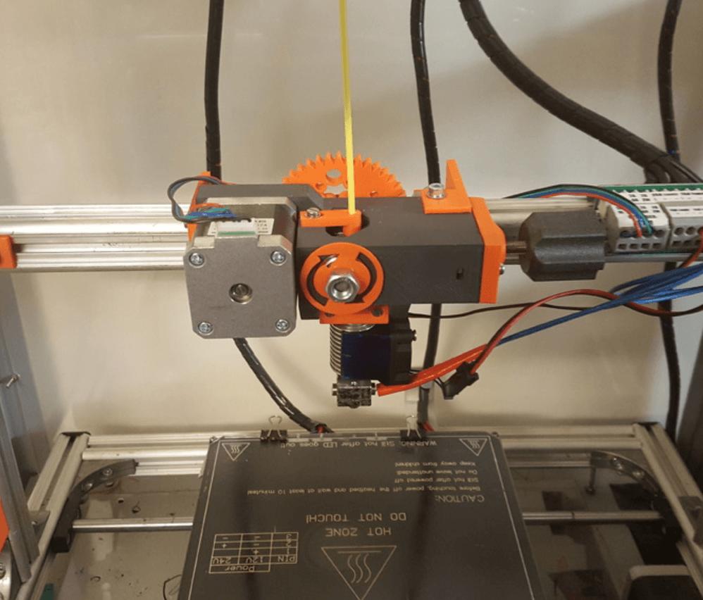 Capture d'écran 2018-04-10 à 16.13.39.png Télécharger fichier STL gratuit Extrudeuse à engrenages utilisant le pilote d'extrudeuse M8 • Plan pour imprimante 3D, Job