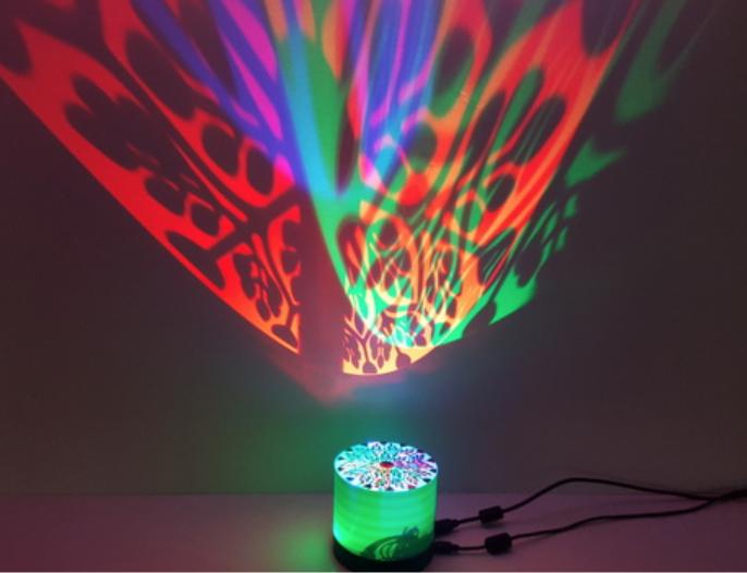 Capture d'écran 2018-03-26 à 13.10.33.png Télécharger fichier STL gratuit Lampe de projecteur RGB • Design imprimable en 3D, Job