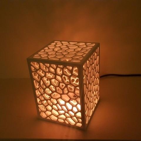 Télécharger fichier imprimante 3D gratuit Lampe sur la structure cellulaire, Job